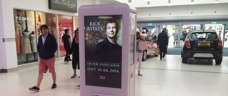 HMV D6 in shopping mall