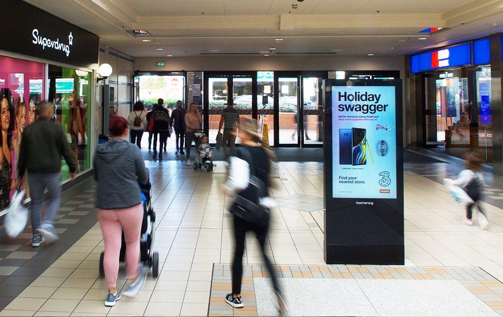 Edgware Advertising Screen 3