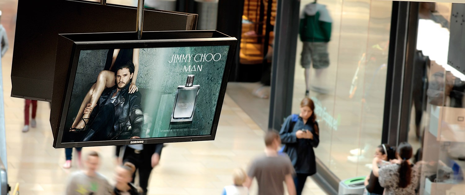 Jimmy choo iconic advetising in shopping centre